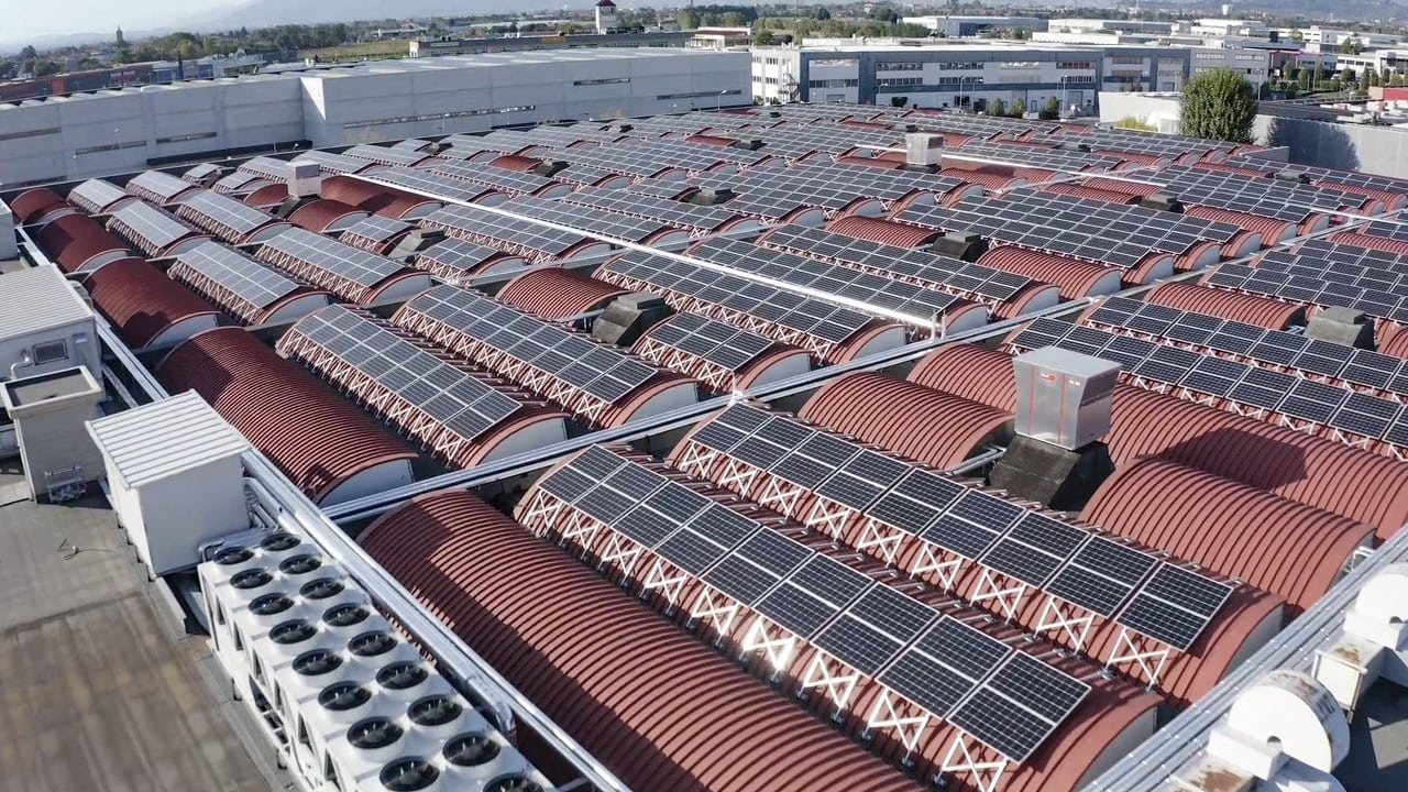 Industri 4.0 med solceller och Internet of Things